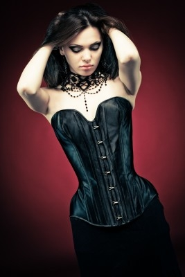 formal Gothic-corsets